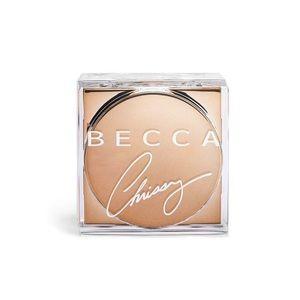 Becca X Chrissy Glow Powder in Cinnamon Sugar